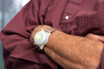 GPS Tracking Devices for Alzheimer's Patients