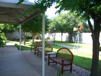Arden Courts Alzheimer's Assisted Living in Austin, Texas - Walking Path