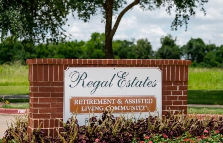 Regal Estate of League City - Independent and Assisted Living
