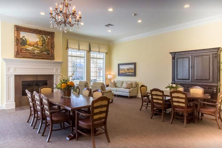 The Cottages at Chandler Creek - Round Rouck Alzheimer's Assisted Living - Dining Area
